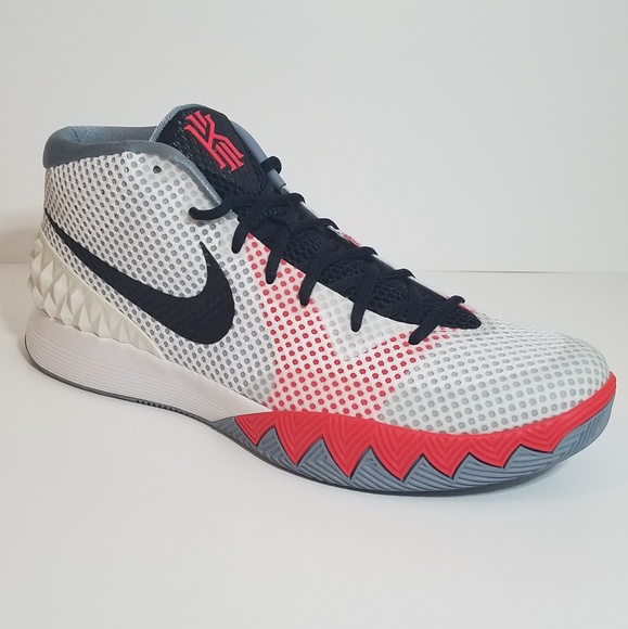 sports shoes 87d60 8f9f7 Never Worn, Size 13 Nike Kyrie 1